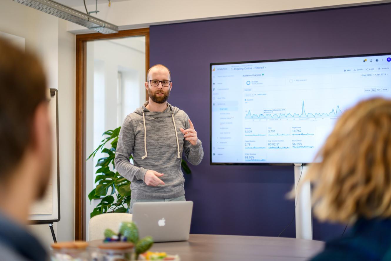 Ecommerce Specialist Dirk Presenteren